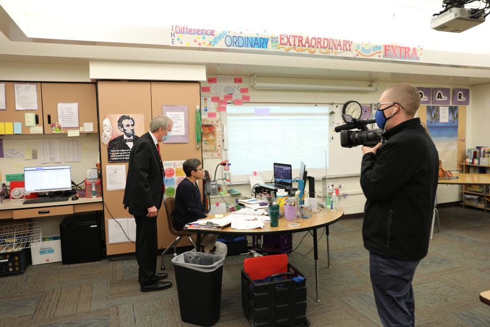 PHM Supt. Dr. Thacker surprises Elm Road 5th gr. Virtual Teacher Mrs. Shreiner as 2021 PHM Elementary Teacher of the Year (April 29, 2021)