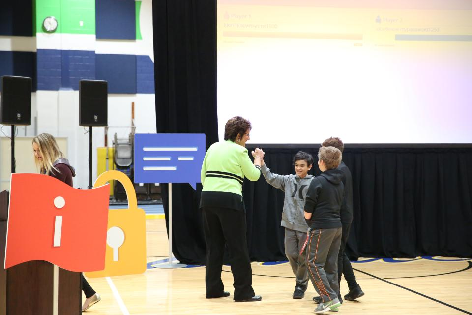 "Rep. Walorski playing ""Guess my Password"" game with Schmucker students"