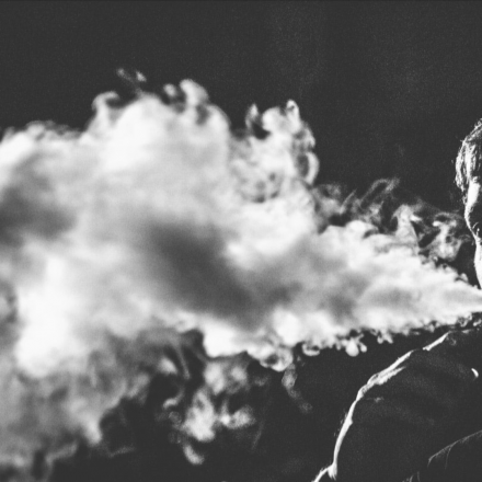picture of vaping